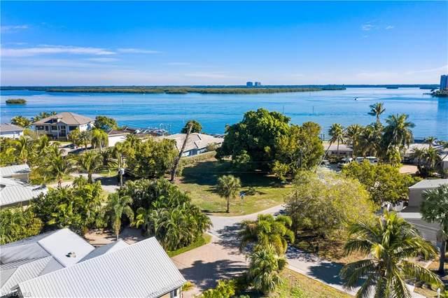 254 Estrellita Drive, Fort Myers Beach, FL 33931 (MLS #220079436) :: Premier Home Experts