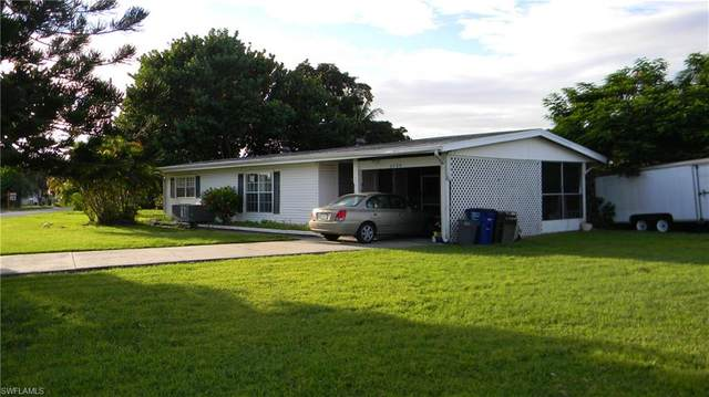 3780 Coconut Drive, St. James City, FL 33956 (MLS #221000423) :: Realty Group Of Southwest Florida
