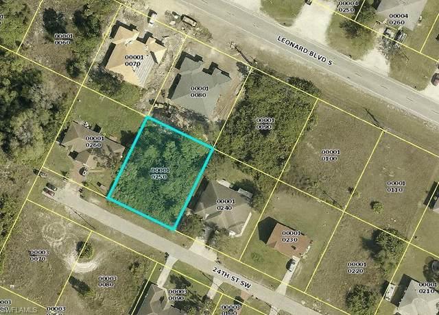 4732/4734 24th Street SW, Lehigh Acres, FL 33973 (MLS #221000848) :: Premier Home Experts