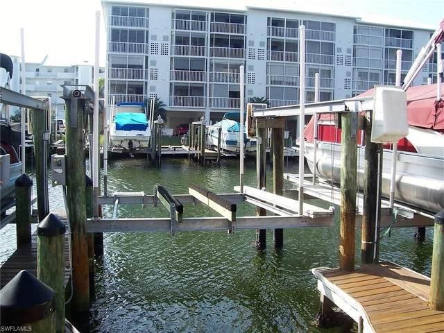 18 Boat Dock, Fort Myers Beach, FL 33931 (MLS #221001091) :: Tom Sells More SWFL | MVP Realty