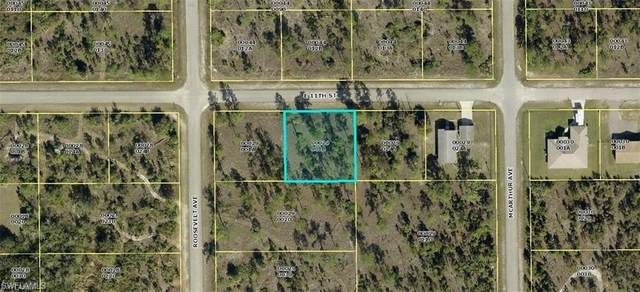 2702 E 11th Street, Lehigh Acres, FL 33936 (MLS #221002191) :: Clausen Properties, Inc.