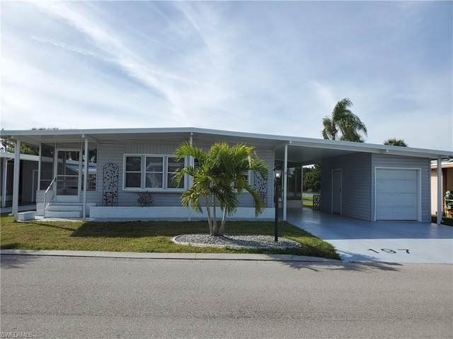 197 Nicklaus Boulevard, North Fort Myers, FL 33903 (#221003170) :: The Michelle Thomas Team