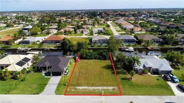 4409 SW 20th Avenue, Cape Coral, FL 33914 (#221003294) :: Vincent Napoleon Luxury Real Estate