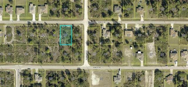 2703 43rd Street W, Lehigh Acres, FL 33971 (MLS #221003350) :: Clausen Properties, Inc.