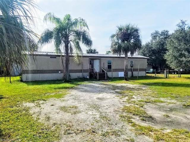5175 W State Road 80, FORT DENAUD, FL 33935 (MLS #221003394) :: Premier Home Experts