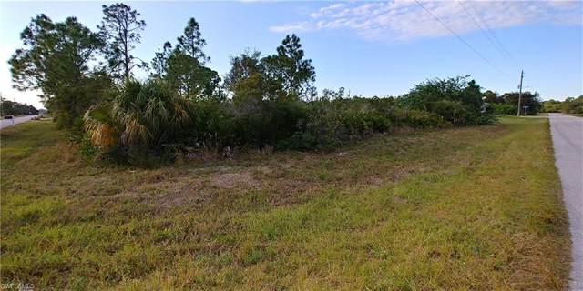 3200 42nd Street W, Lehigh Acres, FL 33971 (MLS #221003879) :: Clausen Properties, Inc.