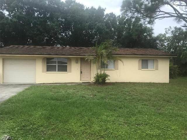 13637 Marquette Boulevard, Fort Myers, FL 33905 (MLS #221003899) :: Clausen Properties, Inc.