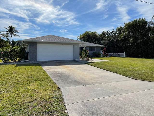 238 SW 42nd Street, Cape Coral, FL 33914 (#221003925) :: Caine Luxury Team