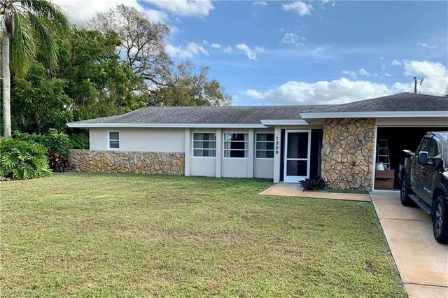1389 Archer Street, Lehigh Acres, FL 33936 (MLS #221004174) :: Medway Realty