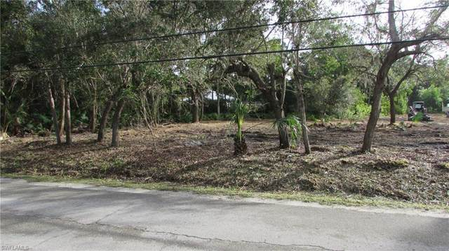 13850 Robert Road, Bokeelia, FL 33922 (MLS #221004263) :: #1 Real Estate Services