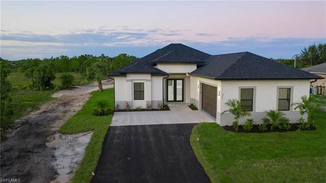 3771 24th Avenue NE, Naples, FL 34120 (MLS #221004499) :: Clausen Properties, Inc.
