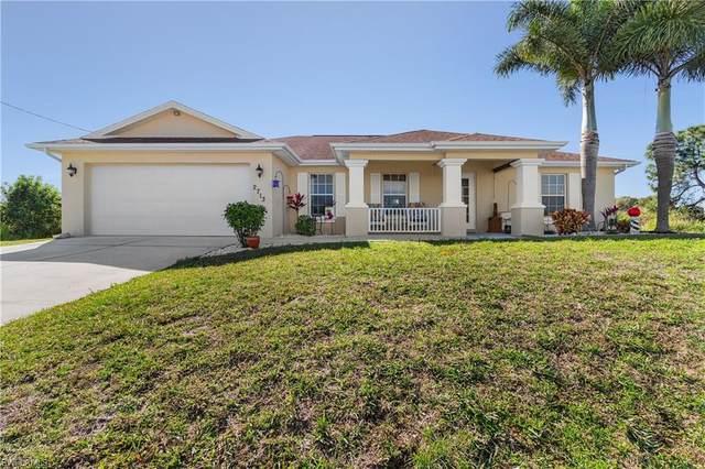 2713 64th Street W, Lehigh Acres, FL 33971 (MLS #221004800) :: Dalton Wade Real Estate Group