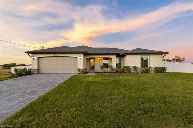 101 NW 25th Terrace, Cape Coral, FL 33993 (MLS #221004937) :: Clausen Properties, Inc.