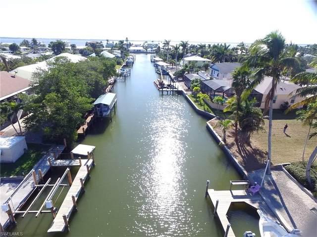 2290 Lemon Street, St. James City, FL 33956 (MLS #221005173) :: Clausen Properties, Inc.