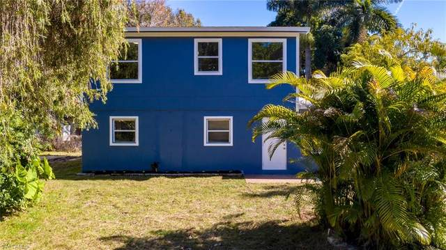 1120 6th Way, North Fort Myers, FL 33903 (MLS #221005414) :: Medway Realty