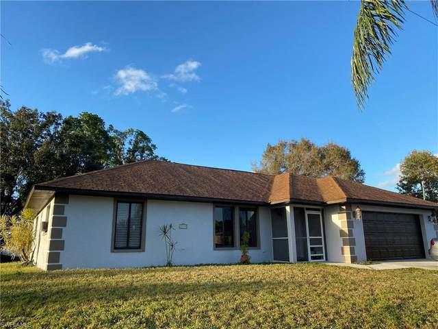 7345 Lobelia Road, Fort Myers, FL 33967 (MLS #221005769) :: Premier Home Experts