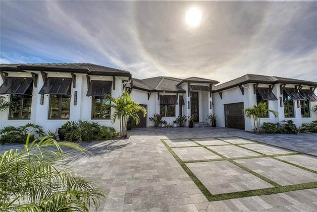 872 N Town And River Drive, Fort Myers, FL 33919 (MLS #221005857) :: Kris Asquith's Diamond Coastal Group