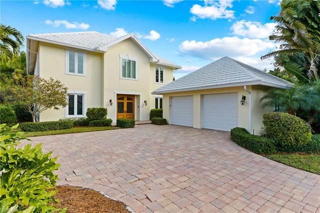 12760 Yacht Club Circle, Fort Myers, FL 33919 (MLS #221005904) :: Kris Asquith's Diamond Coastal Group