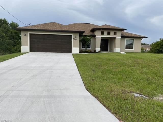 813 Rush Avenue, Lehigh Acres, FL 33972 (#221005981) :: Vincent Napoleon Luxury Real Estate