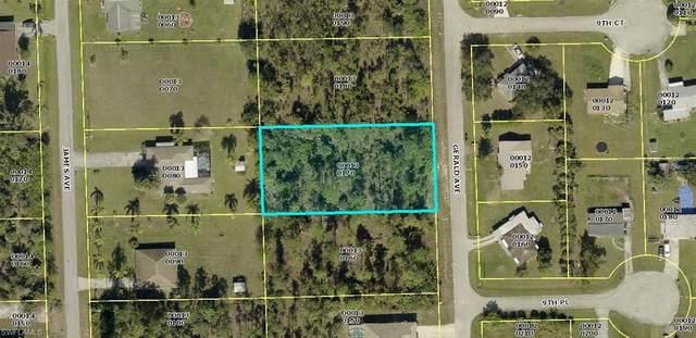 909 Gerald Avenue, Lehigh Acres, FL 33936 (#221006070) :: Vincent Napoleon Luxury Real Estate