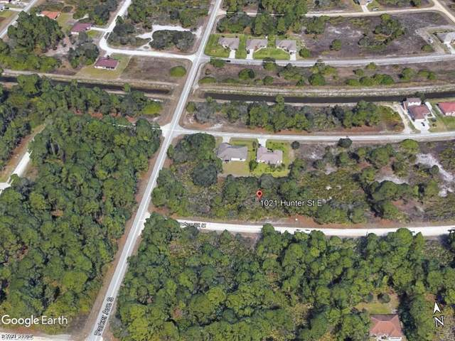 1021 Hunter Street E, Lehigh Acres, FL 33974 (MLS #221006375) :: Domain Realty