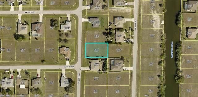917 NW 13th Avenue, Cape Coral, FL 33993 (#221006460) :: Southwest Florida R.E. Group Inc