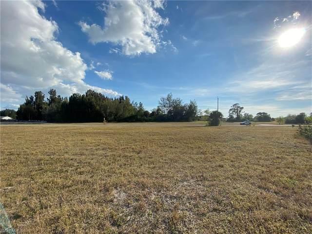 813 SW 2nd Terrace, Cape Coral, FL 33991 (MLS #221006617) :: Dalton Wade Real Estate Group