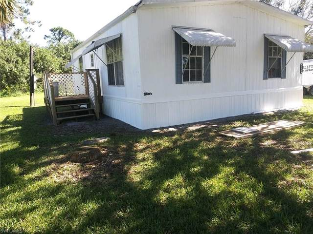 8249 Marx Drive, North Fort Myers, FL 33917 (MLS #221006621) :: Realty Group Of Southwest Florida