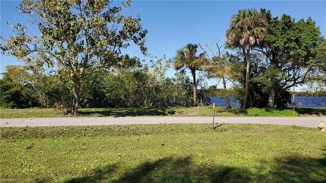 Corner Lot, Fort Myers, FL 33905 (MLS #221006690) :: #1 Real Estate Services