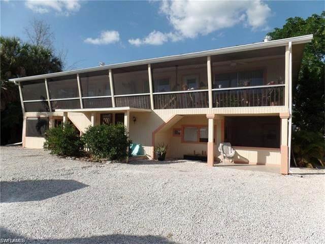 427 Lazy Way, Fort Myers Beach, FL 33931 (MLS #221007395) :: Domain Realty