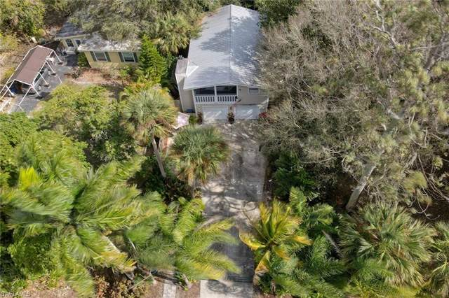 211 Delray Avenue, Fort Myers, FL 33905 (MLS #221008841) :: #1 Real Estate Services