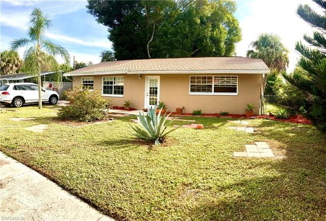 935 Narcissus Street, North Fort Myers, FL 33903 (#221010248) :: The Michelle Thomas Team