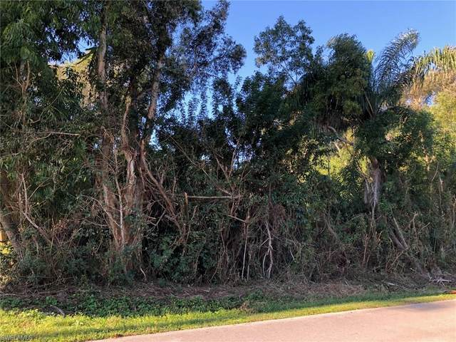 5477 Avenue D, Bokeelia, FL 33922 (MLS #221011291) :: Kris Asquith's Diamond Coastal Group