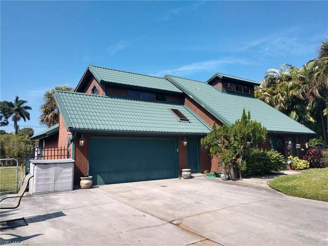7438 Willems Drive, Fort Myers, FL 33908 (MLS #221012496) :: Domain Realty