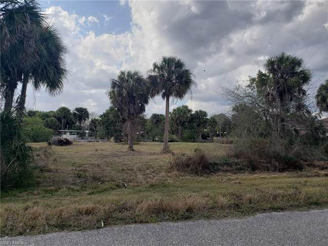 8032 Indian Mound Road SW, Moore Haven, FL 33471 (MLS #221012854) :: Clausen Properties, Inc.