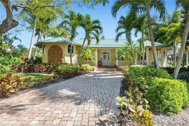 3433 W Riverside Drive, Fort Myers, FL 33901 (MLS #221013122) :: Wentworth Realty Group