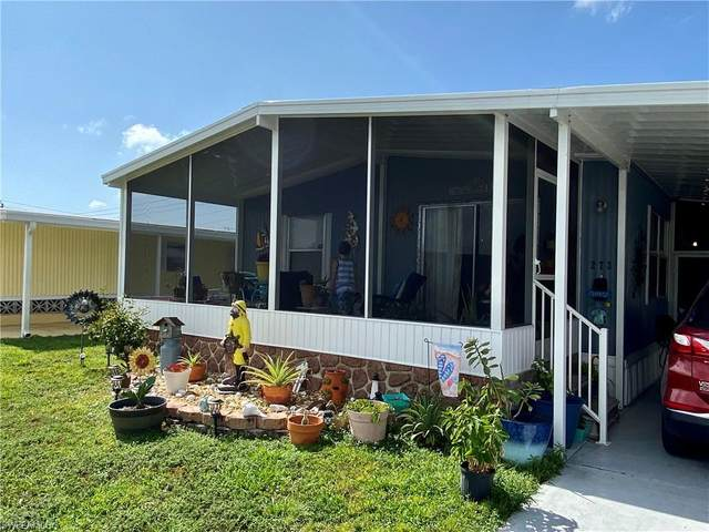 273 Poinsettia Drive, Fort Myers, FL 33905 (MLS #221013357) :: Realty Group Of Southwest Florida