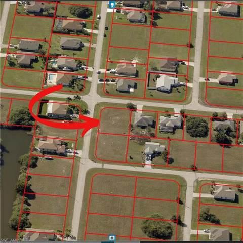 1401 NW 13th Street, Cape Coral, FL 33993 (#221013415) :: The Dellatorè Real Estate Group