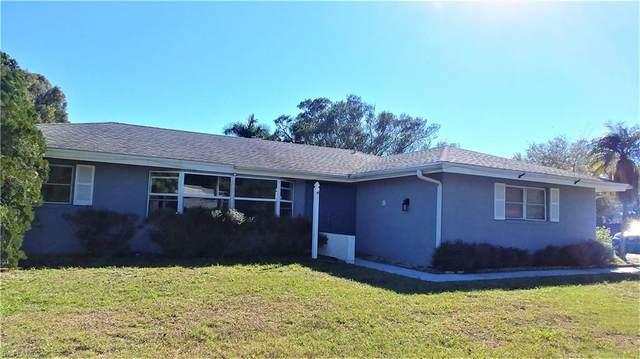 1602 N Hermitage Road, Fort Myers, FL 33919 (#221013454) :: Caine Luxury Team