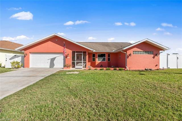 1429 SE 21st Street, Cape Coral, FL 33990 (MLS #221013496) :: Tom Sells More SWFL | MVP Realty
