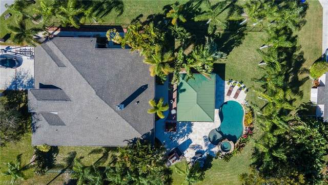 7929 Sandel Wood Circle W, Fort Myers, FL 33908 (MLS #221014186) :: Realty World J. Pavich Real Estate