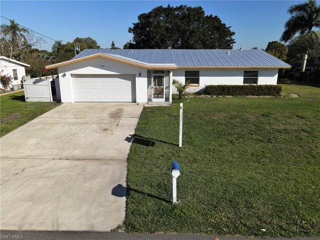 1729 Coral Way, North Fort Myers, FL 33917 (MLS #221014756) :: RE/MAX Realty Team