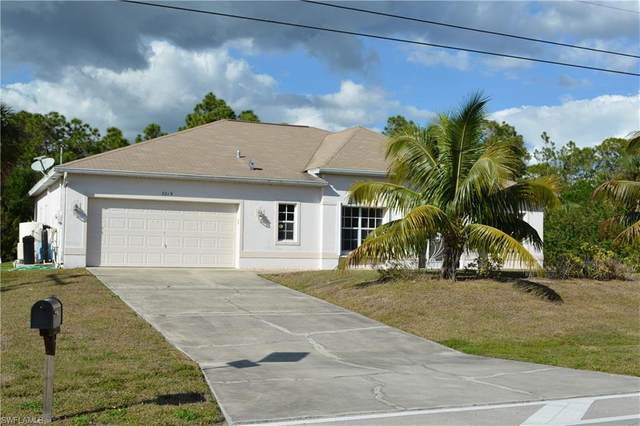 3015 Van Buren Parkway, Cape Coral, FL 33993 (#221015027) :: The Michelle Thomas Team