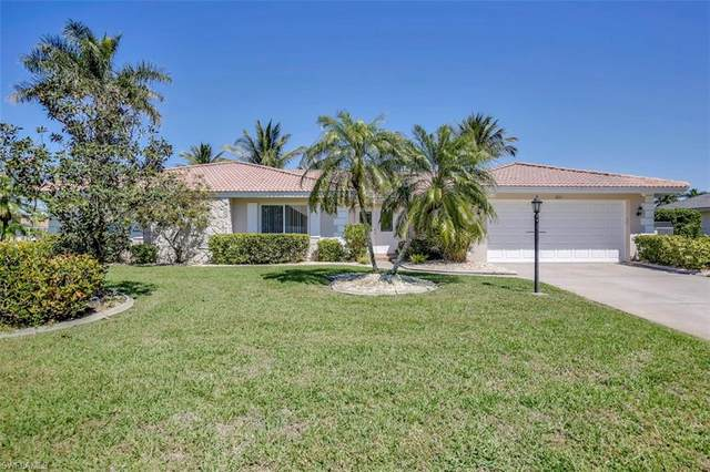 1011 S Town And River Drive, Fort Myers, FL 33919 (#221015060) :: The Dellatorè Real Estate Group
