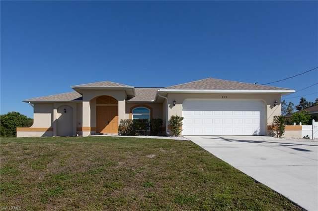 819 Diplomat Parkway E, Cape Coral, FL 33909 (#221015789) :: The Dellatorè Real Estate Group