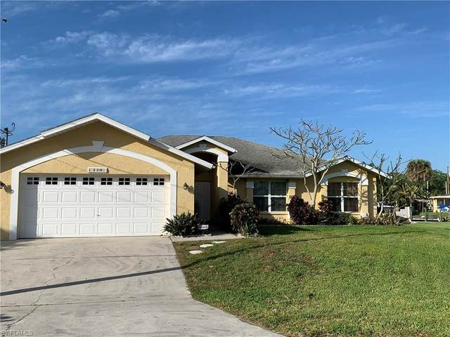 330 Bamboo Drive, North Fort Myers, FL 33917 (MLS #221015886) :: RE/MAX Realty Team