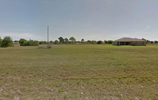 927 NE 13th Avenue, Cape Coral, FL 33909 (MLS #221015977) :: NextHome Advisors