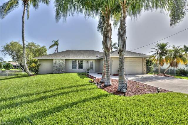 6226 Cocos Drive, Fort Myers, FL 33908 (#221016124) :: The Michelle Thomas Team
