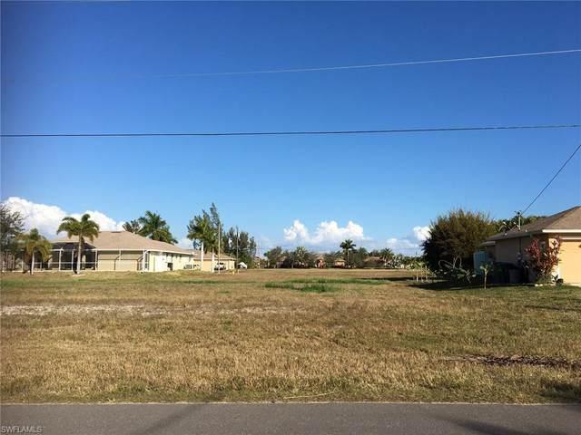 209 NW 36th Avenue, Cape Coral, FL 33993 (#221016180) :: The Dellatorè Real Estate Group