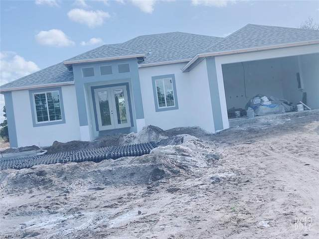 3419 32nd Street SW, Lehigh Acres, FL 33976 (MLS #221016251) :: The Naples Beach And Homes Team/MVP Realty